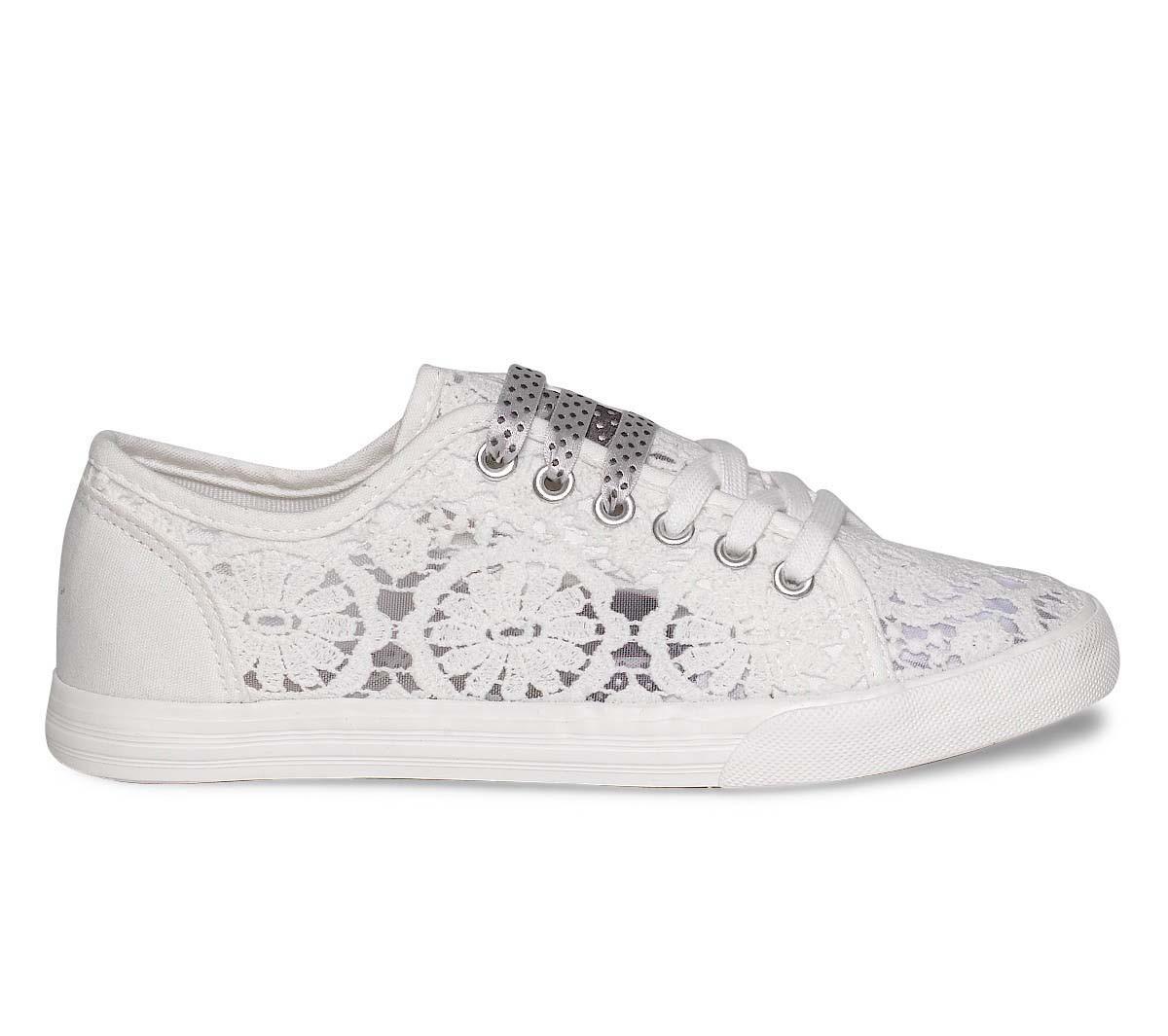 chaussure adidas femme basse blanche